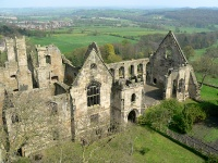 Wingfield Manor (Wikipedia)