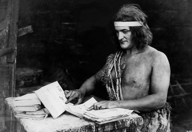 Elmo Lincoln, the first screen Tarzan, was born in 1889, the year after the 'real' Tarzan's birth. He wears the rope and locket described in the book, though his headband may be there to keep his wig on.