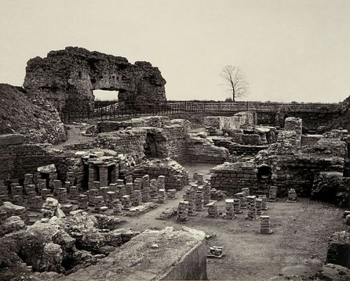 Excavations at Uriconium (Wroxeter) by Francis Bedford (photo: public domain)