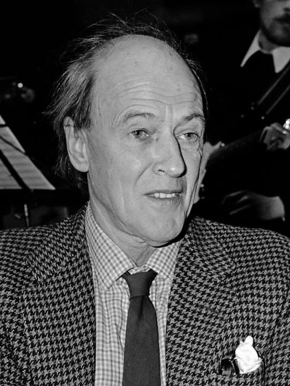 Roald Dahl in 1982By Hans van Dijk / Anefo - Derived from Nationaal Archief, CC BY-SA 3.0, https://commons.wikimedia.org/w/index.php?curid=36726305
