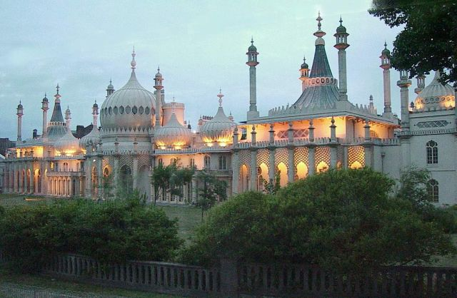 Royal Pavilion, Brighton (image: public domain)
