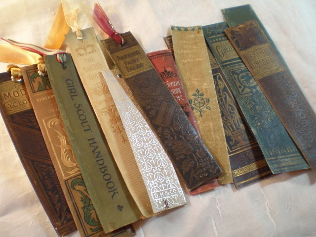 Book spine bookmarks (http://wp.me/p31N1m-3g)