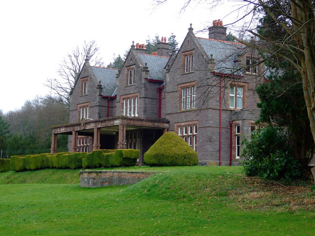 Buckland Hall, Bwlch, Powys (credit: Richard Fensome http://www.geograph.org.uk/photo/735769)