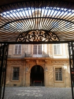 Hotel de Ville courtyard